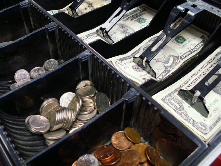 Une caisse enregistreuse est-elle obligatoire dans un commerce ?